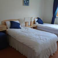 Slaapkamer met 2 aparte bedden