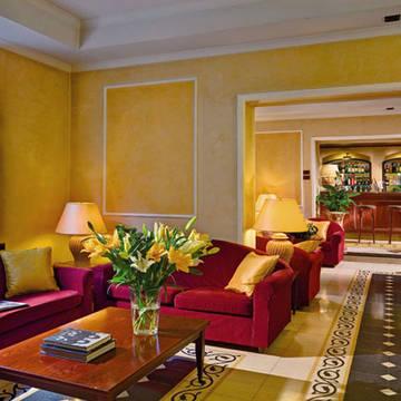 Lobby Hotel Corona D'Italia