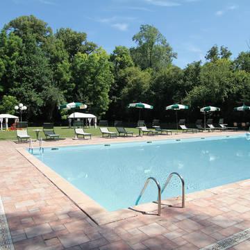 Zwembad Hotel Villa Luppis