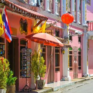 Old town Phuket, Thailand - de Jong Intra Vakanties
