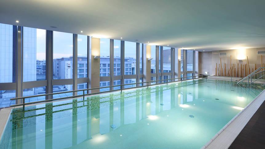 Binnenzwembad Hotel Eurostars Berlin