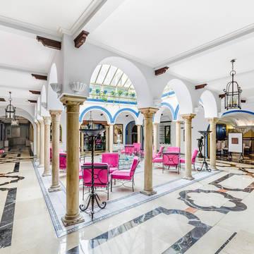 Patio Hotel Exe Sevilla Macarena