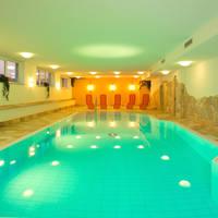 Zwembad Hotel Toni