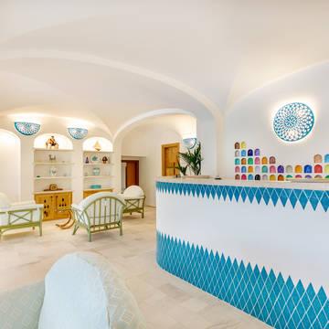 Receptie Hotel Le Mimose