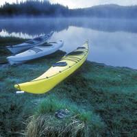 Kano's bij het meer