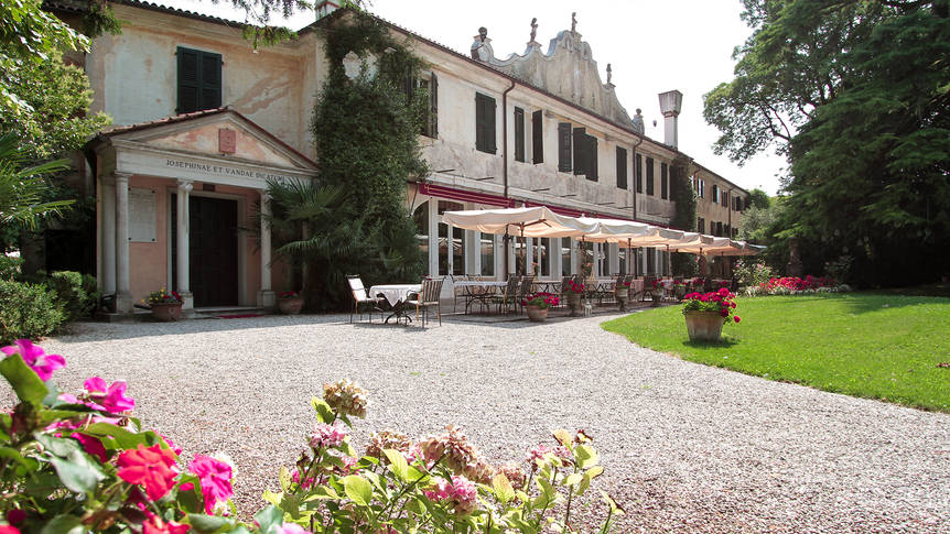Exterieur Hotel Villa Luppis