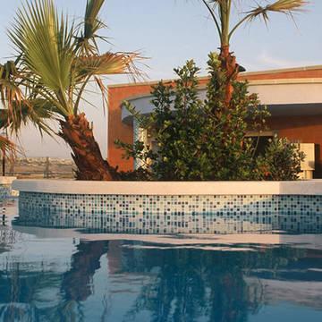 Zwembad Hotel Sunflower