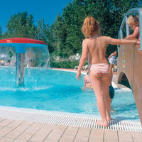 Zwembad 7