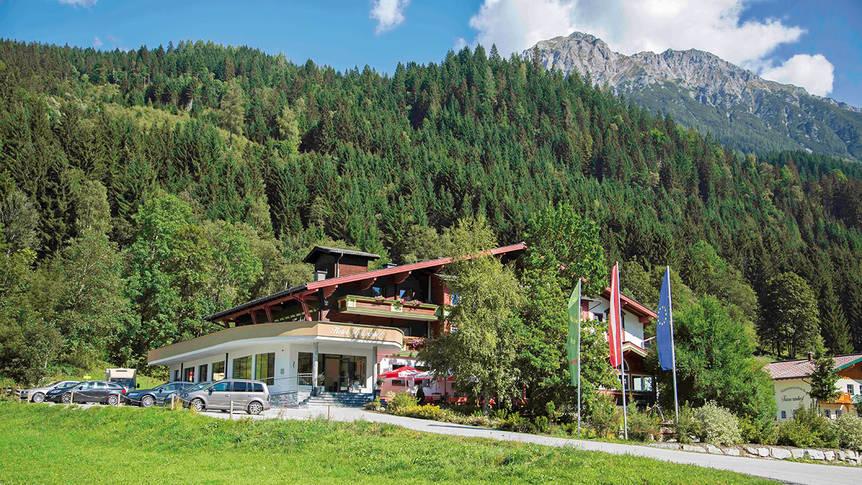 Buitenaanzicht Hotel Tauernhof