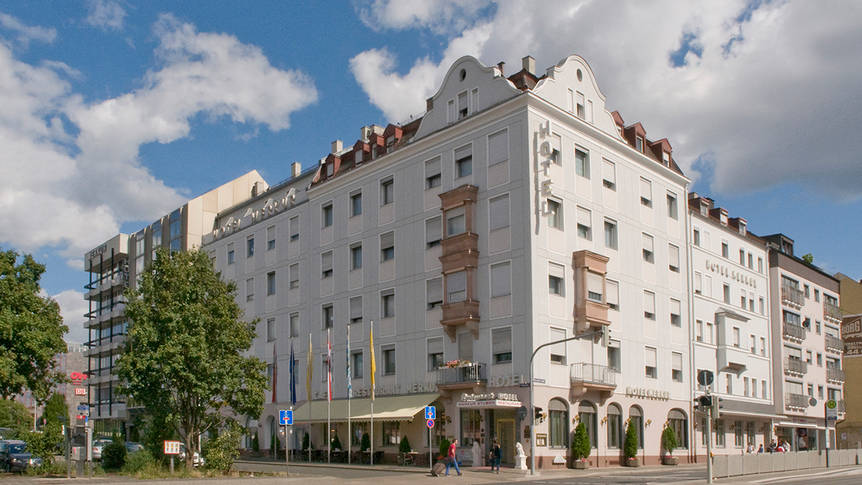 Buitenkant Ringhotel Loew's Merkur