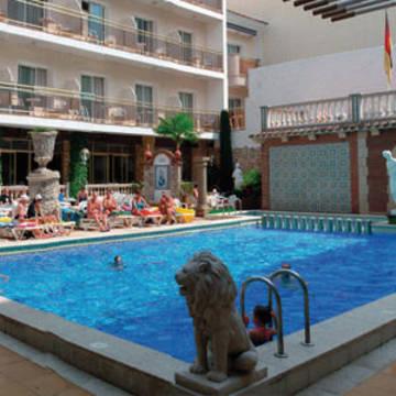 zwembad Hotel Sorra d'Or