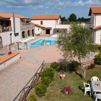 Appartementen Borgo Valmarina
