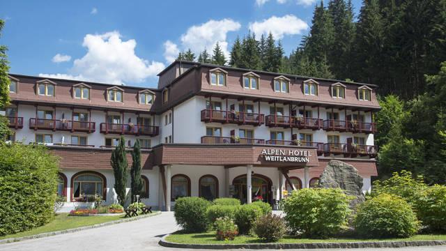 Alpenhotel Weitlannbrunn - Vooraanzicht Alpenhotel Weitlanbrunn