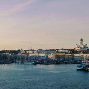 helsinki-marina-and-port-at-dusk