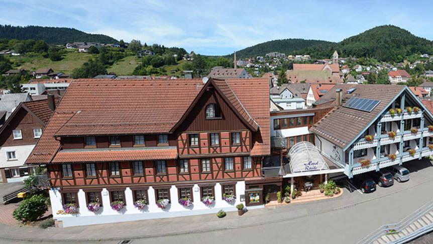 Voorzijde  Hotel Rössle