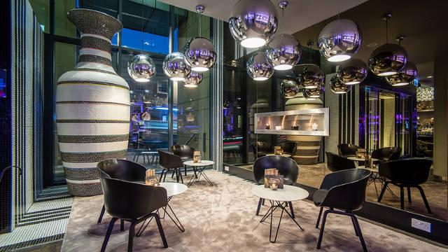 Lobby Radisson Collection Hotel, Royal Mile Edinburgh
