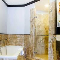 thailand koh chang emerland cove premium wing. bathroom