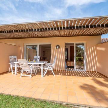 Woonvoorbeeld Golf Beach Villa's