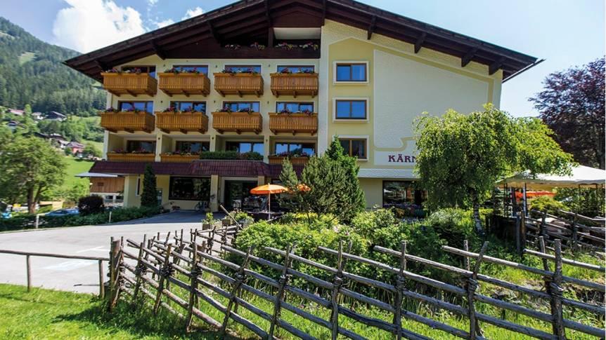 Voorzijde Family en Sporthotel Kärntnerhof