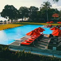 Holiday Villa Beach Resort & Spa