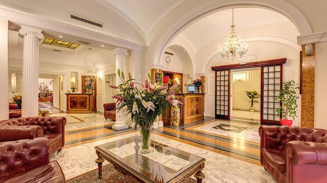 Receptie Hotel Contilia