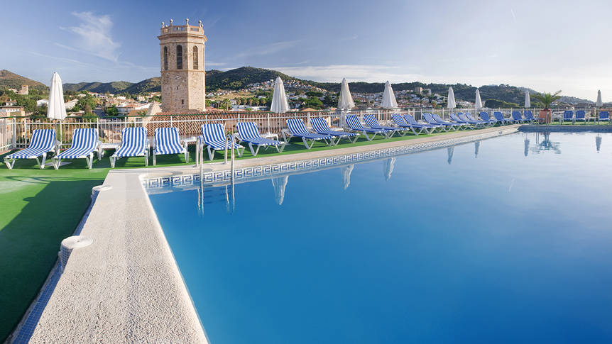 Zwembad-2 Hotel Mercè