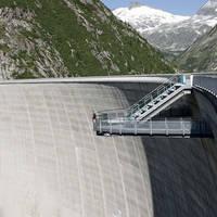 Uitzichtplatform op de dam