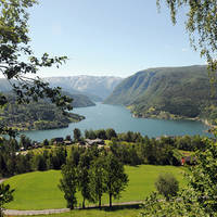 10-daagse Busrondreis Fjord En Fjell