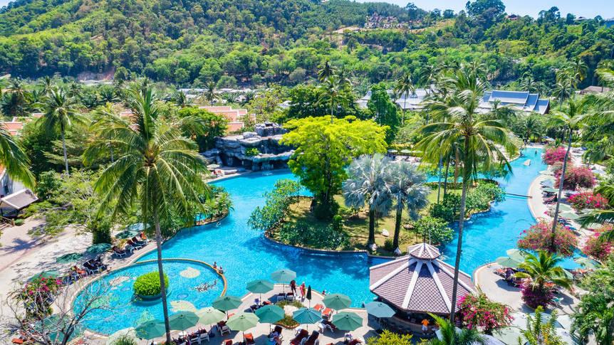 Duangjitt Resort Phuket - Zwembad Duangjitt Resort & Spa