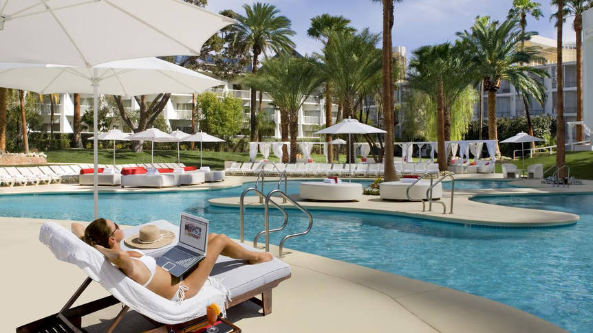 Zwembad Hotel and Resort Tropicana Las Vegas a DoubleTree by Hilton
