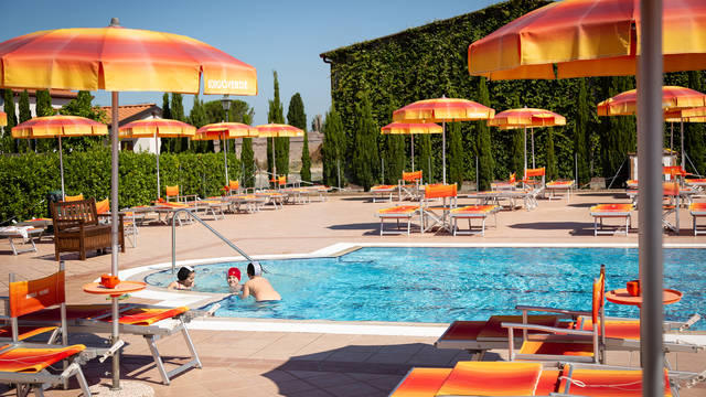 Zwembad Residence Borgo Verde