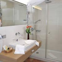 Voorbeeld badkamer met douche