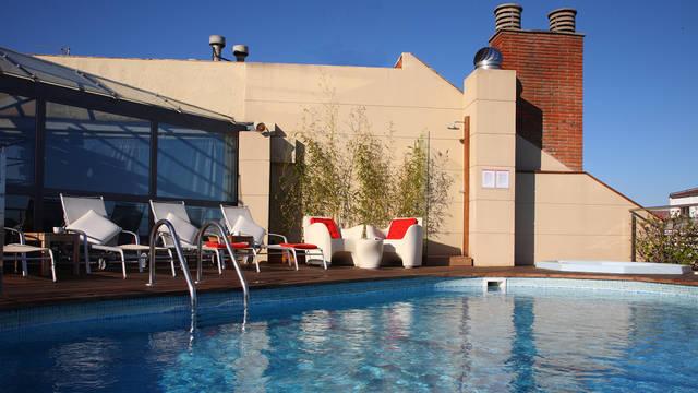 Zwembad Hotel America