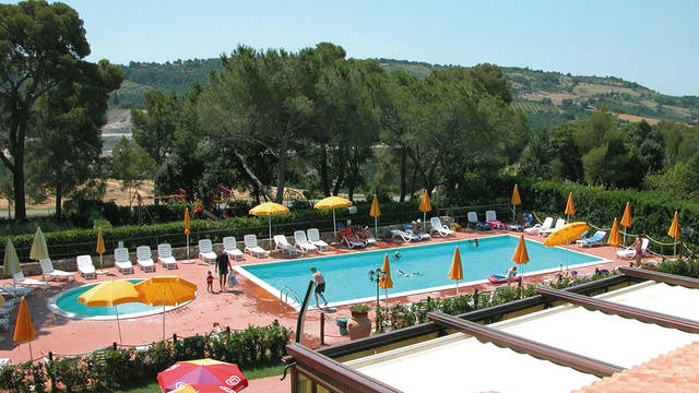 Zwembad Appartementen La Pieve di Pomaia