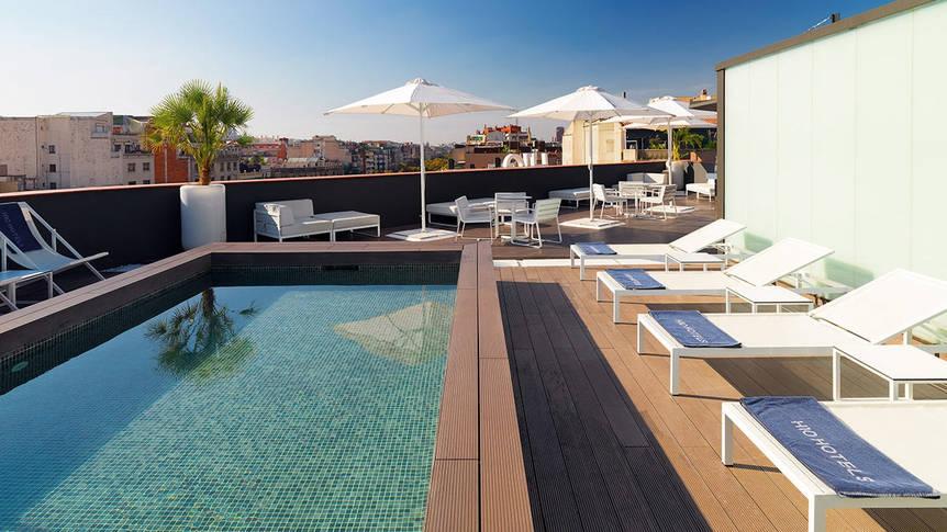 Zwembad Hotel H10 Casanova