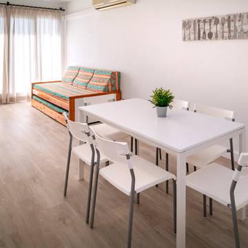 Woonkamer Appartementen Pineda Sorrabona