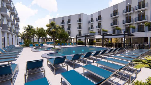 Zwembad Pebbles Resort
