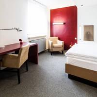 rotes Einzelzimmer