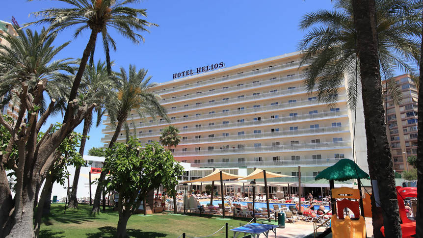 Vooraanzicht Hotel Helios