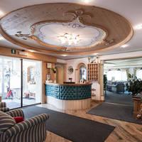 Hotel Cosmea -receptie
