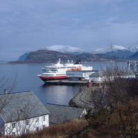 Overzicht met Hurtigruten