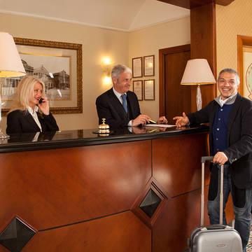 Receptie Hotel Piemonte