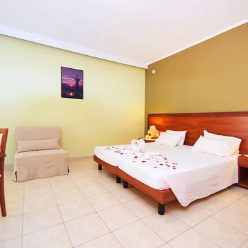Kamer Esmeralda Hotel