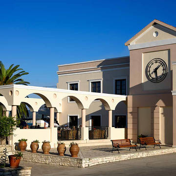 Roda Beach Resort & Spa - Buitenaanzicht Roda Beach Resort & Spa