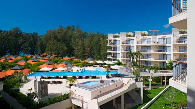 Dewa Phuket - Buitenaanzicht Dewa Phuket (Beach Resort, Villas & Suites)