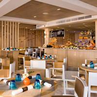 thailand pattaya pullman 02-Beach-Club-Restaurant1