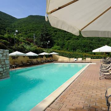 Zwembad Borgo Santa Lucia 2 Appartementen Guesia Village