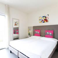 Voorbeeld hotelkamer