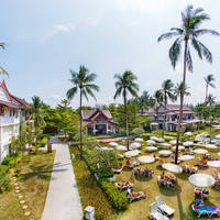 Apsara Beachfront Resort Villa's
