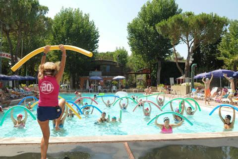 Vakantiedeal vakantiepark Umbrië 🏕️Camping Village Punta Navaccia